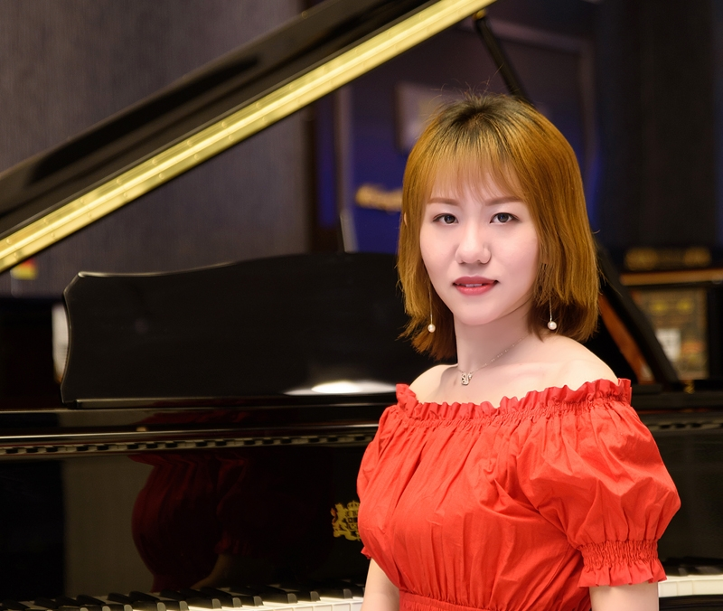 【李丽-钢琴老师】