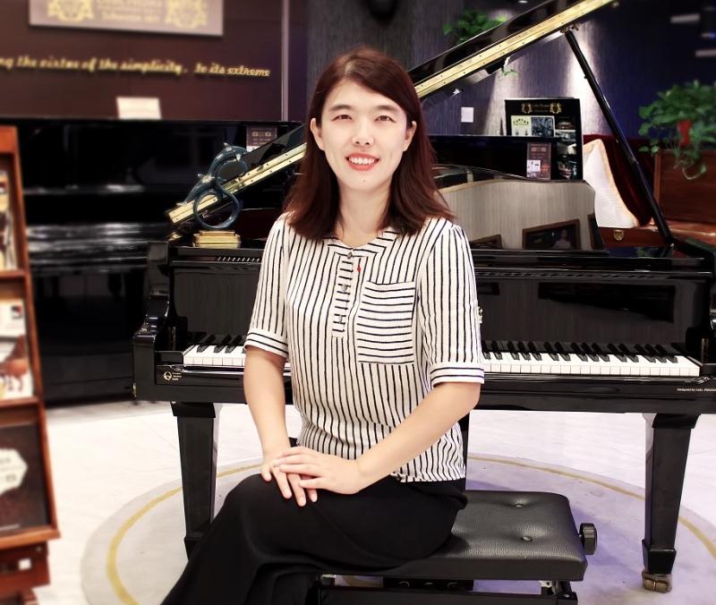 【李贺-钢琴老师】
